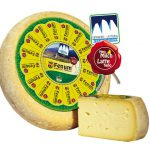 La patate e il formaggio latte fieno